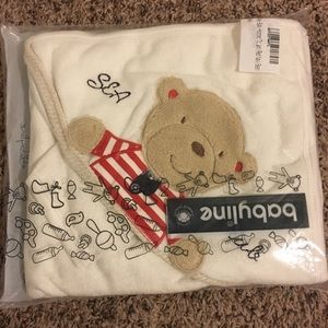 Hooded baby towel red navy bear